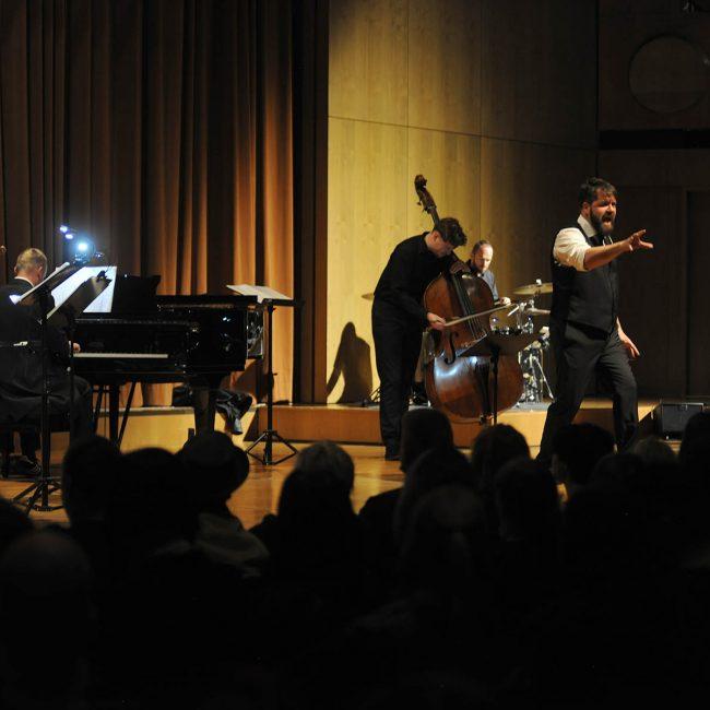 Das JANUS Ensemble rockt im Hotel Eden.