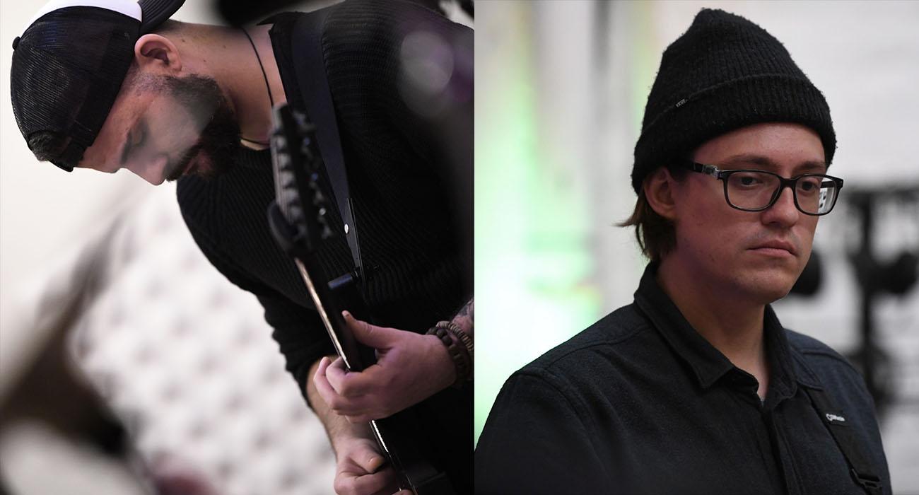Ben Hessler (Gitarre| links) und Emil Cezanne (Gitarre | rechts)