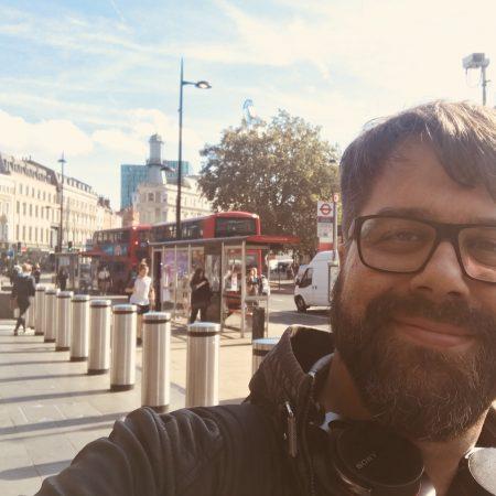 """September 2018 in London wurde der epische Text zu """"Terror"""" in nächtlichen Sitzungen im Hotel von RIG aus der Taufe gehoben."""